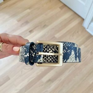 Snakeskin belt size s/m